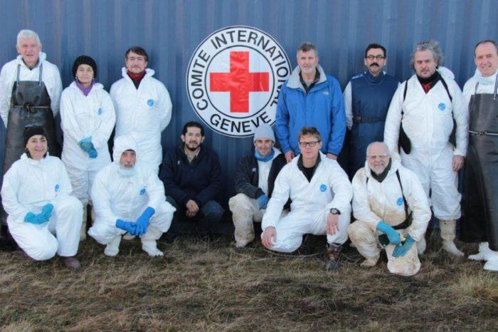 EAAF, el equipo forense argentino que identifica a desaparecidos y soldados de Malvinas